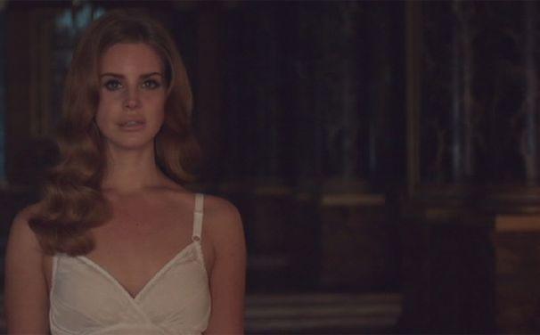 Lana Del Rey, Album-Vorgeschmack: Offizieller Born to die Clip online
