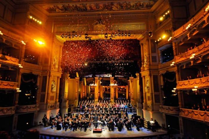 Silvesterkonzert in der Dresdner Semperoper unter der Leitung von Christian Thielemann