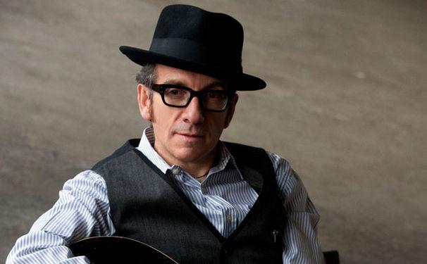 Elvis Costello, The Roots nehmen ein ganzes Album mit Elvis Costello auf