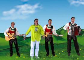 Die Jungen Zillertaler, Die Weltraummaus (feat. Volker Rosin)