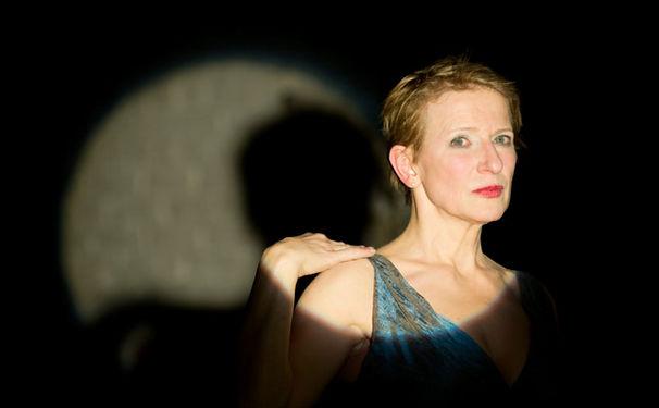 Dagmar Manzel, Neuinszenierung der Sieben Todsünden an der Komischen Oper