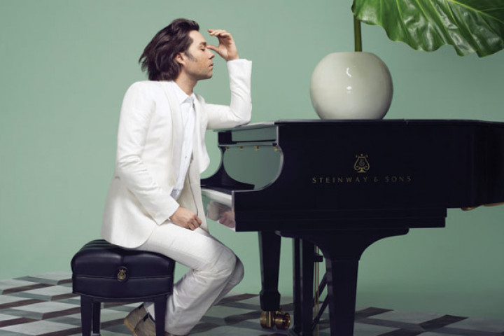 Rufus Wainwright Out Of The Game 2012