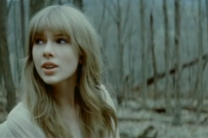 Taylor Swift Safe & Sound Videostill
