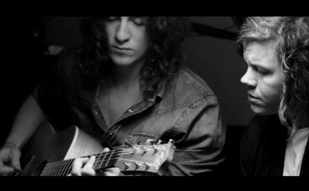 Sons of Midnight, Vorgeschmack auf's Album am 9. März: The Fire live & Unplugged