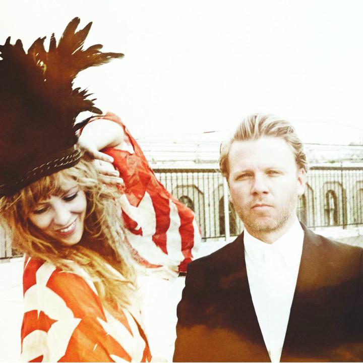 Niki & The Dove Bild 01 2012