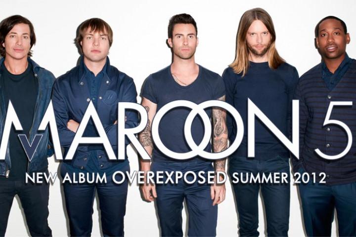 Maroon 5 mit neuem Mitglied plus Schrift
