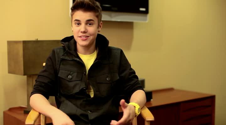 Justin Bieber, Boyfriend Interview