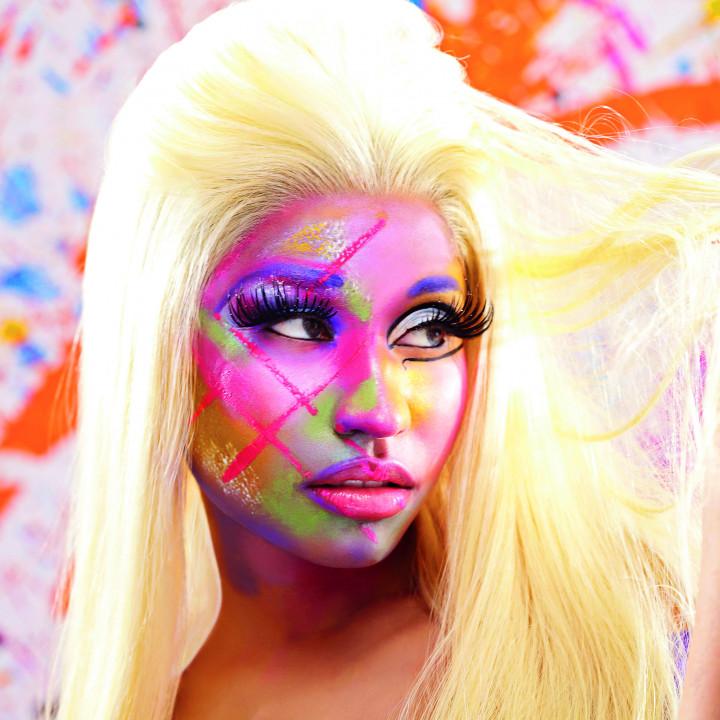 Nicki Minaj Pressebild 02 2012