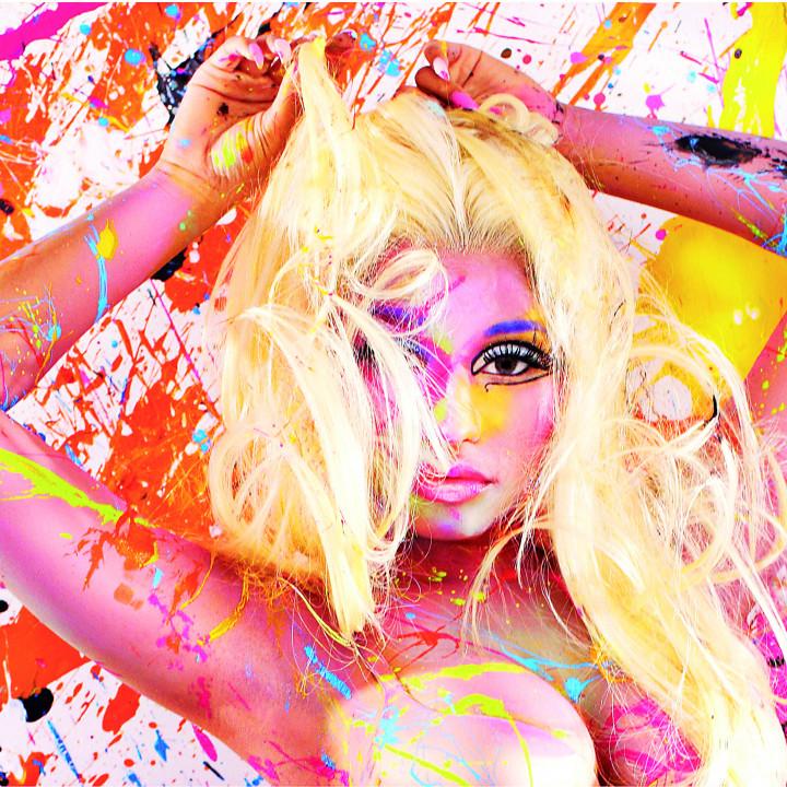 Nicki Minaj Pressebild 07 2012