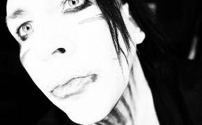 Marilyn Manson, Top fünf für Born Villain: Manson ist zurück
