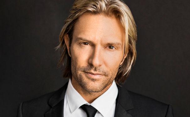 Eric Whitacre, Musikalischer Weihnachtsgruß von Eric Whitacre