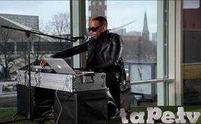 Tyson, Video: Seht Tyson live bei Auf den Dächern