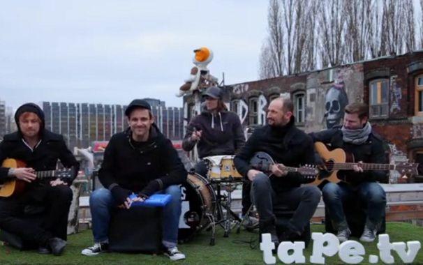 Donots, Video: Erlebt ein Donots Mini-Konzert Auf den Dächern