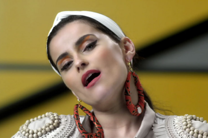 Nelly Furtado Videostill Big Hoops