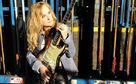 Melissa Etheridge, Jetzt Melissa Etheridges Single Falling Up holen!