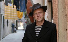 Ulrich Tukur, Ulrich Tukur & die Rhythmus Boys: Mit Swing durch den Advent!