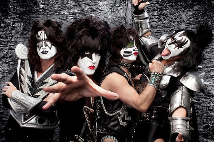 Kiss - Monster Covers