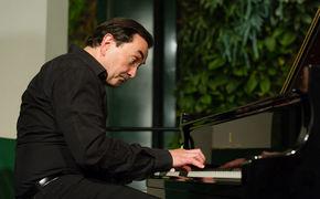 Pierre-Laurent Aimard, Pierre-Laurent Aimard ehrt Claude Debussy zum 150. Jubiläum