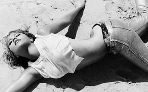 Kat DeLuna, Kat DeLuna präsentiert das Video zu Wanna See U Dance (La La La)