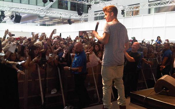 Justin Bieber, Justin Bieber sorgt in Frankfurt für Kreischalarm & Ausnahmezustand