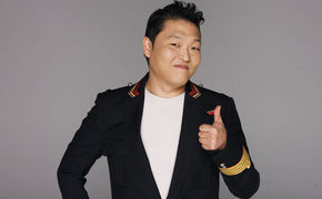 PSY, Gangnam Style von PSY im Superbowl Werbespot 2013