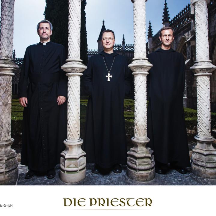 Die Priester Pressebilder 2012 − 3