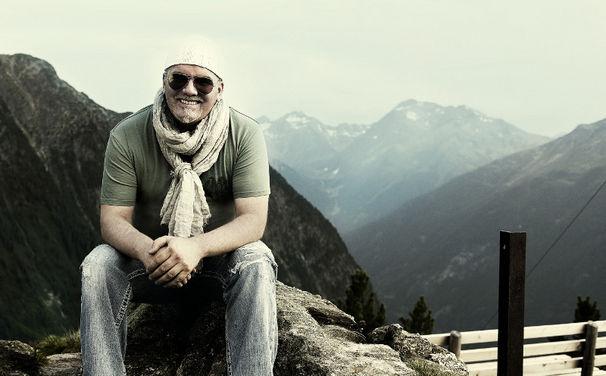 DJ Ötzi, DJ Ötzi steigt mit Album Es ist Zeit auf Platz 7 der Charts ein