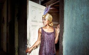 Alice Francis, Alice Francis steigt Berlin live aufs Dach
