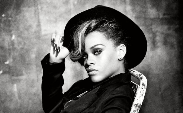 Rihanna, Ab heute Rihannas Album Unapologetic vorbestellen