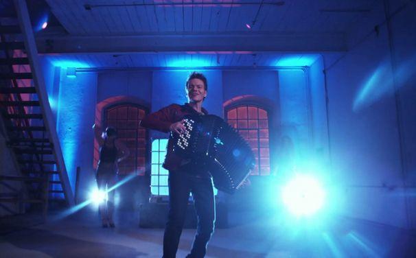 Michel Teló, Bara Bara: Seht das Musikvideo zur neuen Michel Teló Single