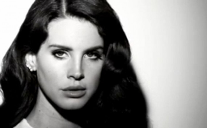 """Born To Die - The Paradise Edition"" Album-Snippet-Player"