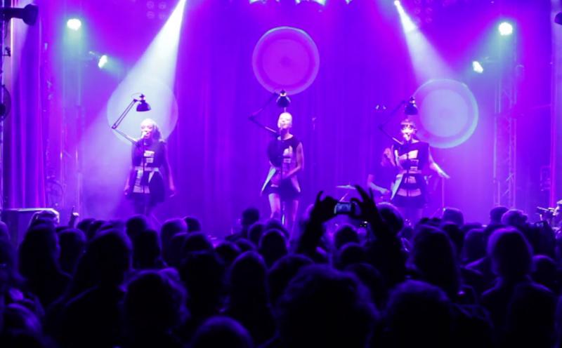 Laing, Nacht für Nacht (live beim Berlin Festival)