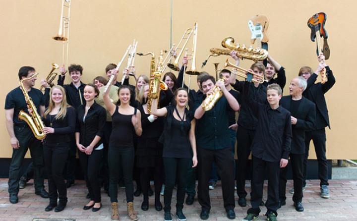 """Das Curuba Jazzorchester beim """"Jugend jazzt""""."""