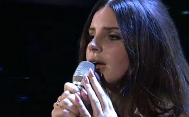 Lana Del Rey, Lana Del Rey bei Schlag den Raab: Ride-Auftritt nochmal ansehen