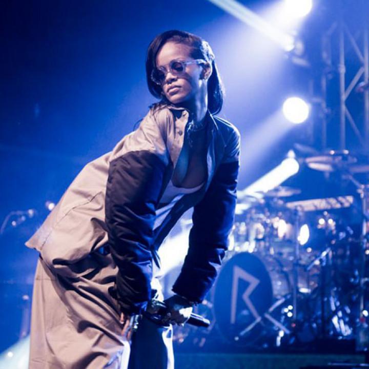 Rihanna 777-Tour—Toronto_1