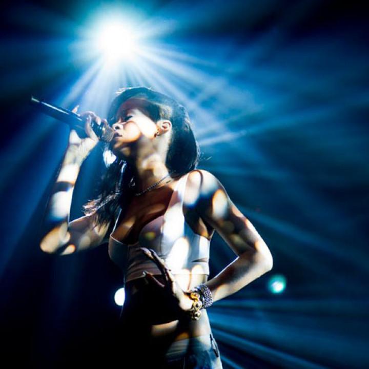 Rihanna 777-Tour—Toronto_4