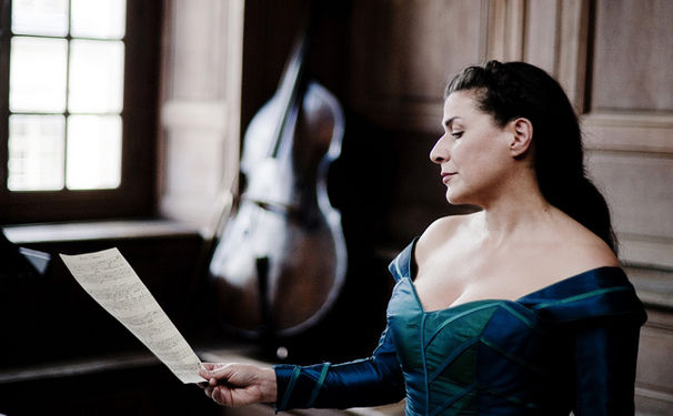 Cecilia Bartoli, Agent und Komponist