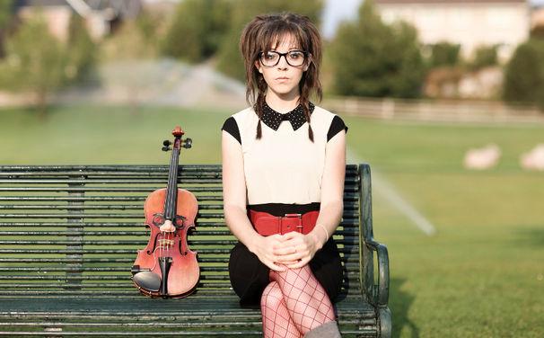 Lindsey Stirling, 8. Februar: Lindsey Stirling veröffentlicht Debütalbum Lindsey Stirling
