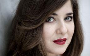 Alisa Weilerstein, Auf dem Weg – Alisa Weilerstein spielt Elgar und Carter