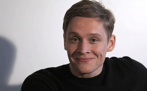 Schlussmacher, Interview: Matthias Schweighöfer über Blue und Titelsong Hurt Lovers