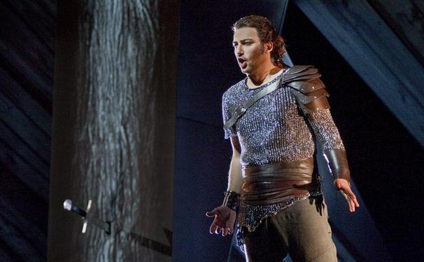 Jonas Kaufmann, Jonas Kaufmann ist der Tenor, auf den Wagnerfreunde gewartet haben.