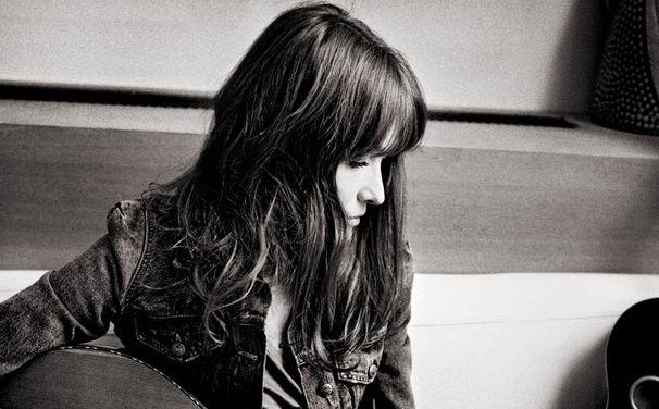 Carla Bruni, Neu bei Universal Music: Carla Bruni mit neuer Single Chez Keith Et Anita