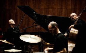 Stefano Battaglia Trio, Musikalische Reise an mythische Orte