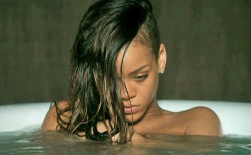 Rihanna, Stay feat. Mikky Ekko