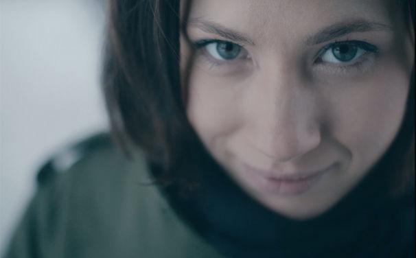Bosse, Premiere am 15. Februar: Bosse mit Video zur Single Schönste Zeit