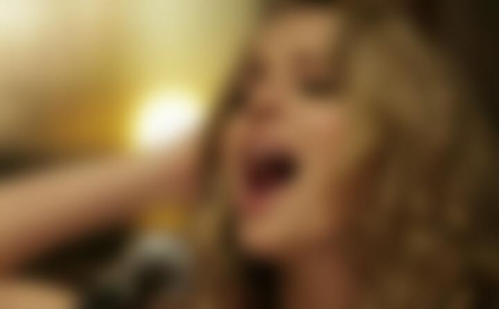 Blonde (Acoustic)
