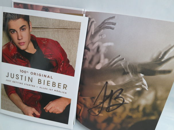Justin Bieber, Gewinnt die signierte Justin Bieber Biografie Just Getting Started