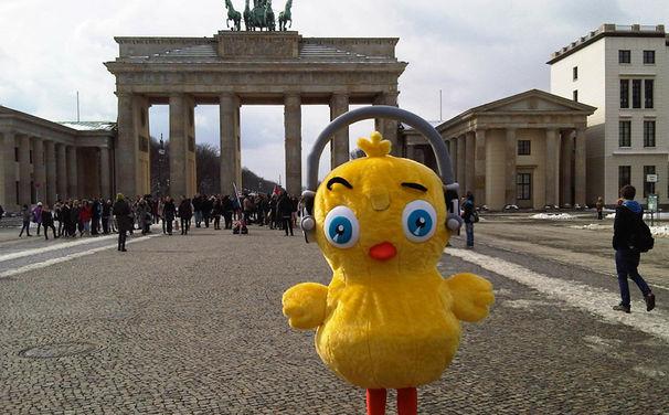 Pulcino Pio, Pulcino Pio - Das kleine Küken zu Besuch in Berlin