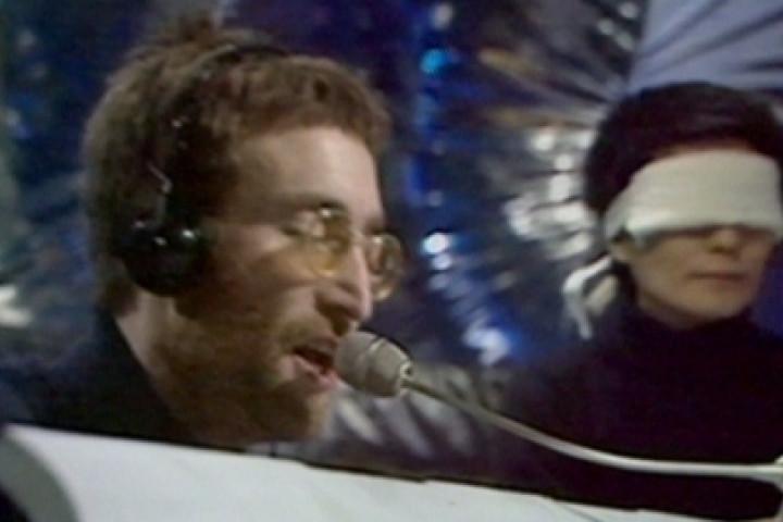 John Lennon 2020 (1)