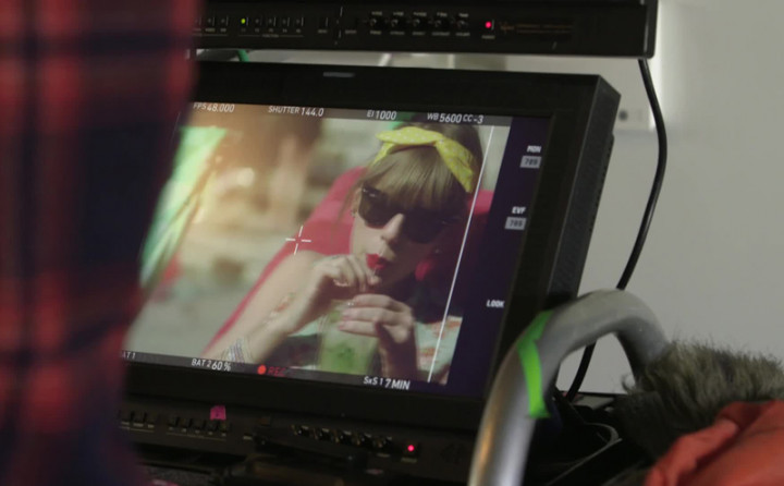 Taylor Swift - The Making of 22 - Part 2